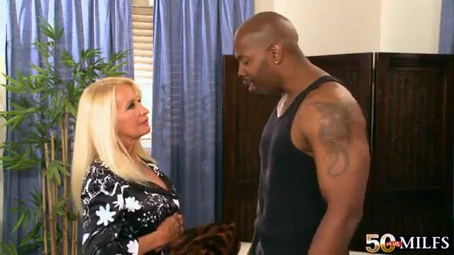 Blonde busty mature mommy Julia Butt gets bbc mandingo