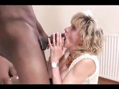 British Mom Lady Sonia is a BBC creampie whore